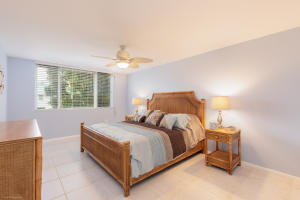 110  Half Moon Circle E2, Hypoluxo FL 33462 is listed for sale as MLS Listing RX-10515566 photo #6