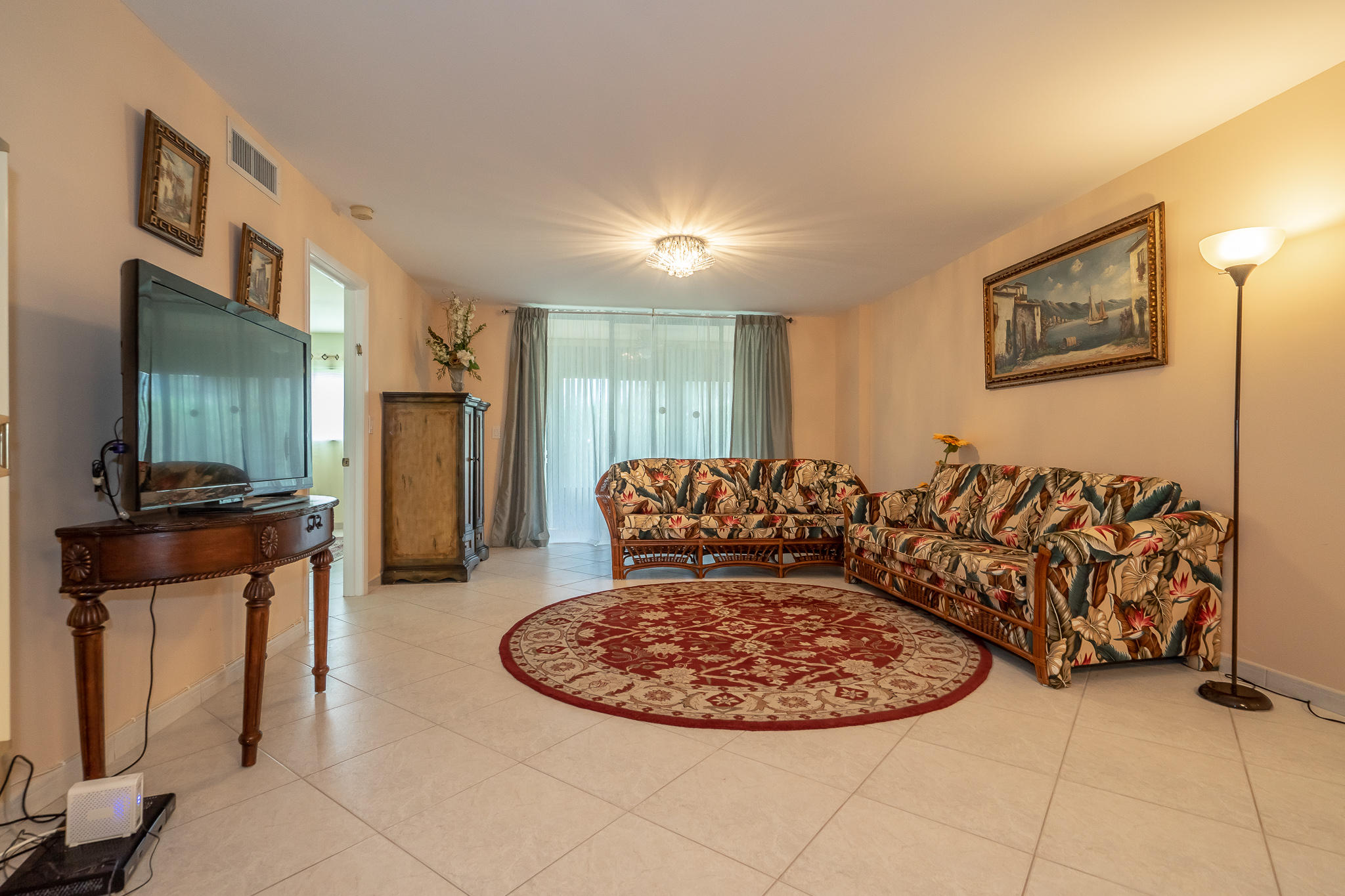 5574 Witney Drive 102 Delray Beach, FL 33484 photo 7
