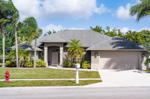 Saratoga At Royal Palm Pl 2