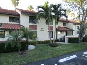 PALM CHASE LAKES CONDO home 10223 N Circle Lake Drive Boynton Beach FL 33437