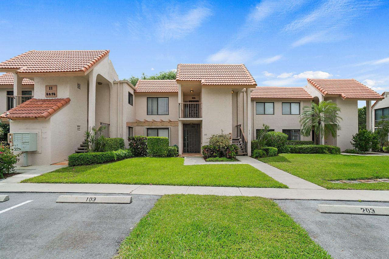 5575 Fairway Park Drive 203 Boynton Beach, FL 33437