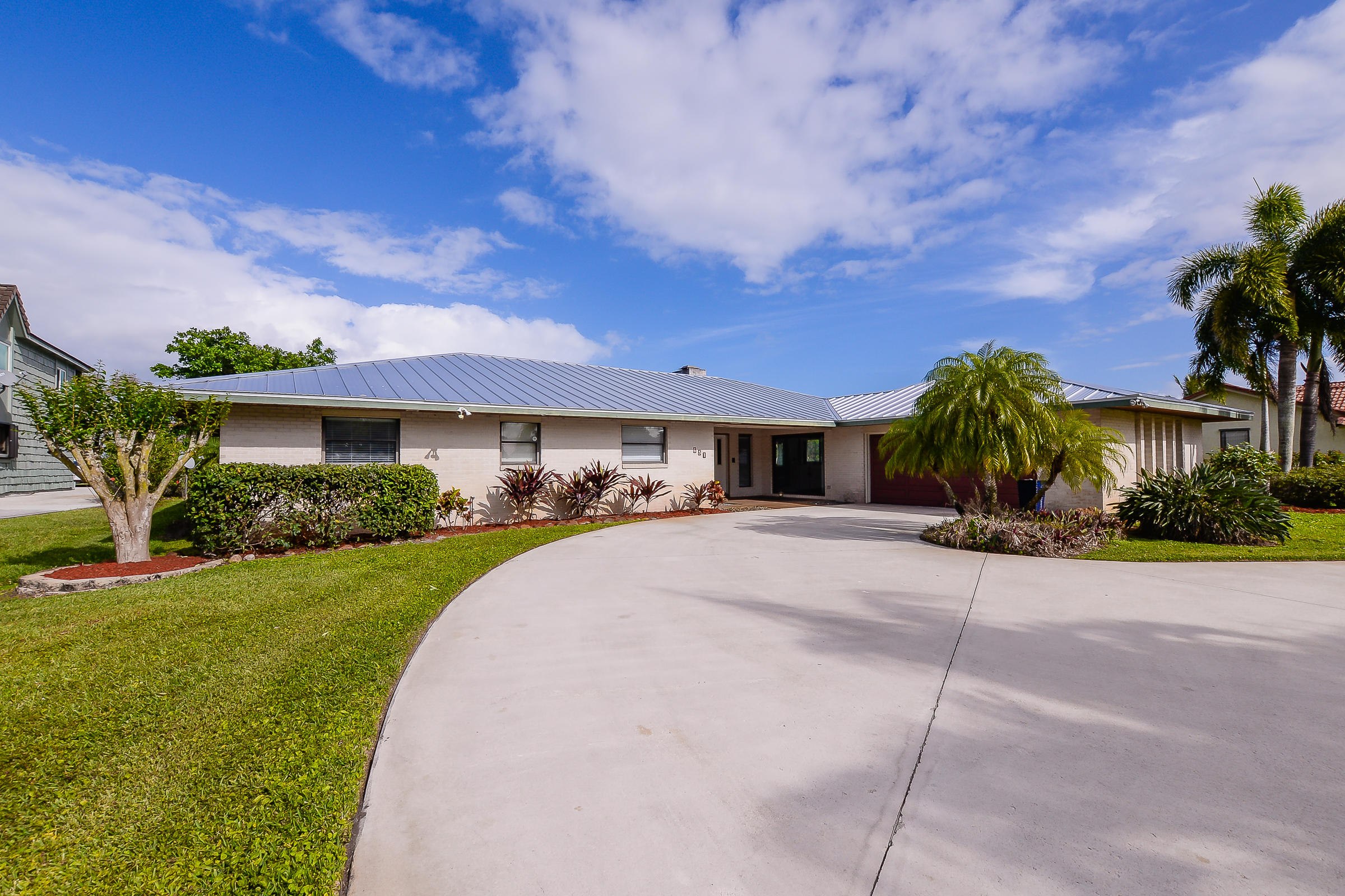 651 SE Hidden River Drive, Port Saint Lucie, Florida