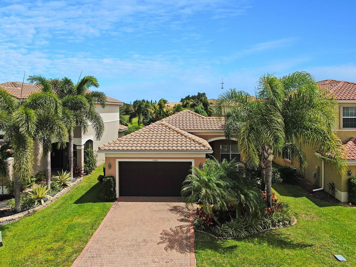 10586 Cape Delabra Court  Boynton Beach, FL 33473
