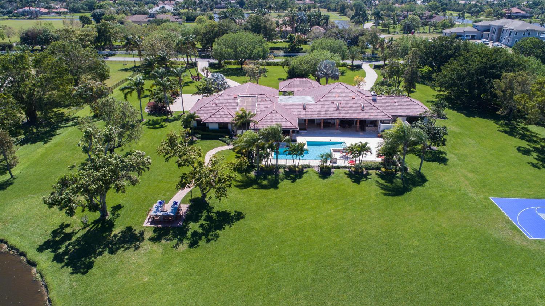 10465 El Paraiso Place Delray Beach, FL 33446 photo 6