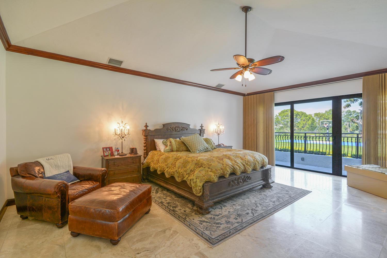10465 El Paraiso Place Delray Beach, FL 33446 photo 17