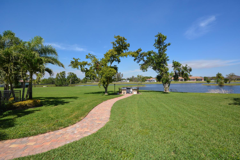 10465 El Paraiso Place Delray Beach, FL 33446 photo 27