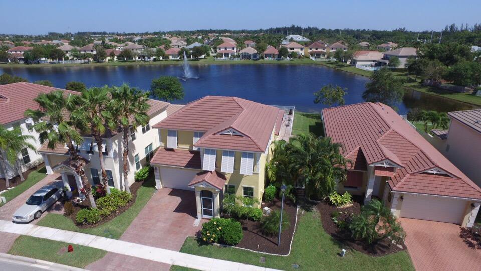 470 Belle Grove Lane Royal Palm Beach, FL 33411
