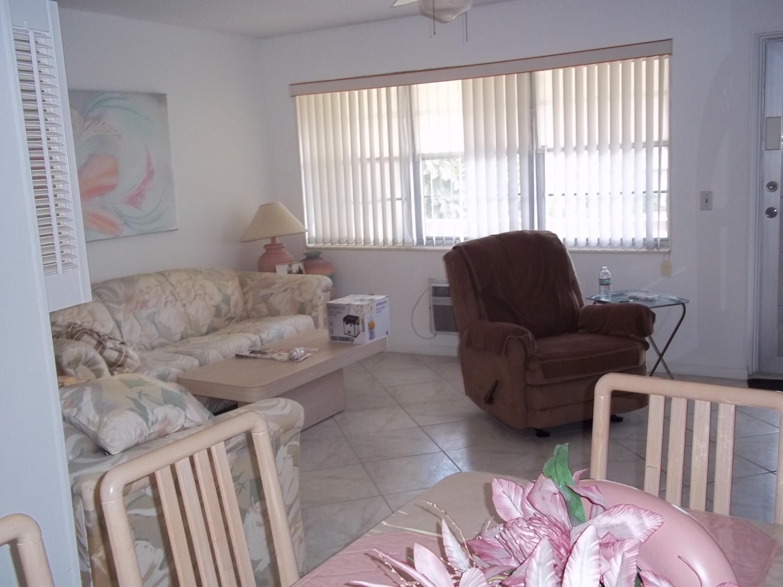 152 Berkshire G  West Palm Beach FL 33417