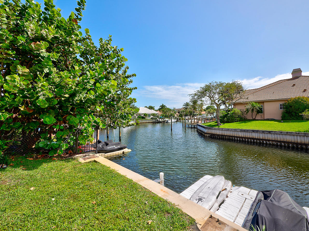 BAY VILLAGE PALM BEACH GARDENS REAL ESTATE