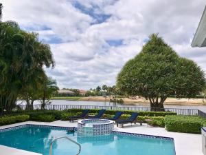 Property for sale at 19 St James Drive, Palm Beach Gardens,  Florida 33418