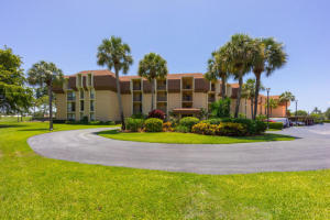 5350 Woodland Lakes Drive 212 , Palm Beach Gardens FL 33418 is listed for sale as MLS Listing RX-10518362 24 photos