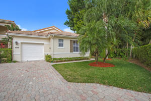 8205  Sandpiper Way  For Sale 10518626, FL