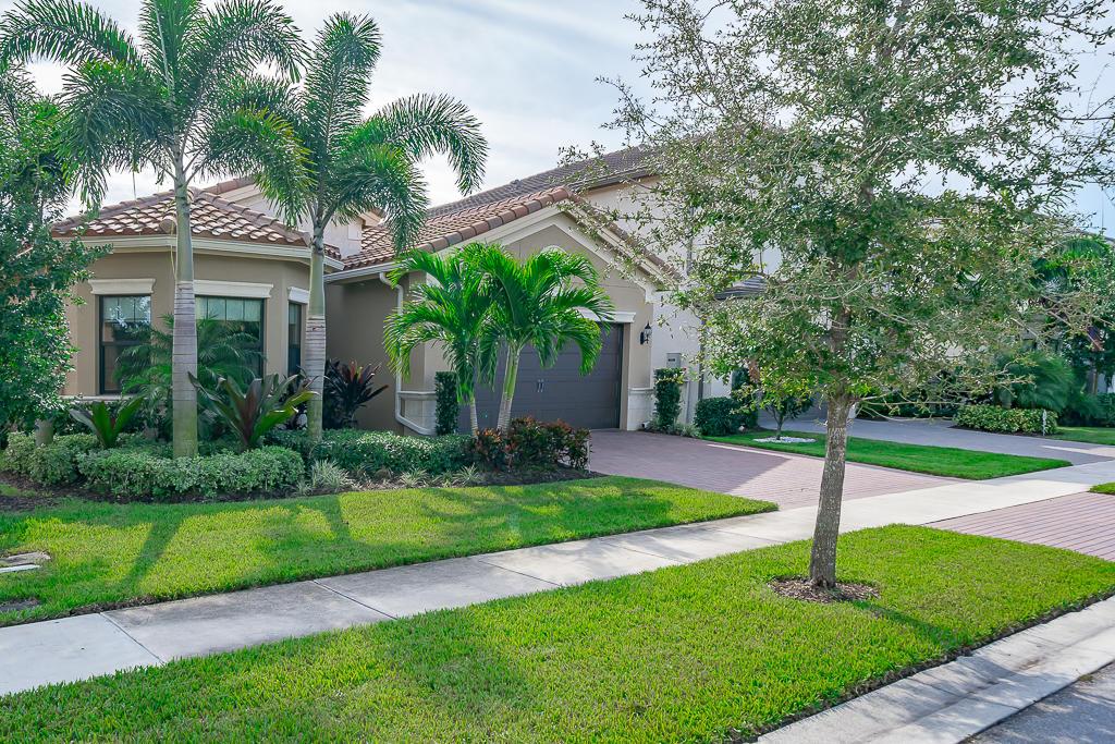 9518 Eden Roc Court Delray Beach, FL 33446 photo 1