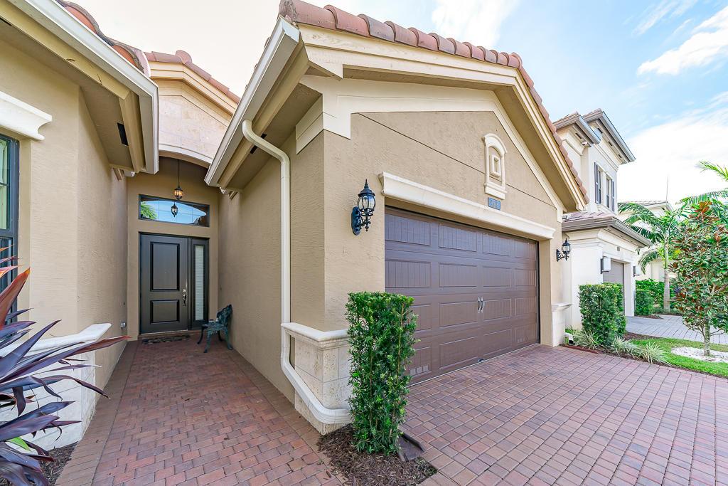9518 Eden Roc Court Delray Beach, FL 33446 photo 6