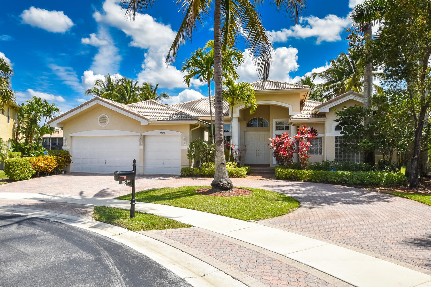 Photo of 19210 N Creekshore Court, Boca Raton, FL 33498