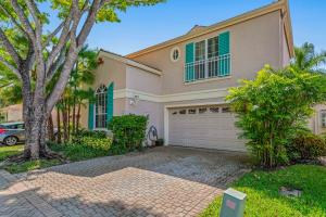 7 Via Sorrento , Palm Beach Gardens FL 33418 is listed for sale as MLS Listing RX-10519180 48 photos
