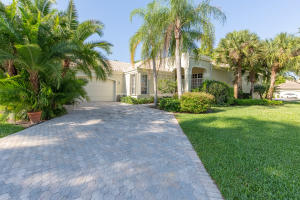 2545  Players Court  For Sale 10518863, FL