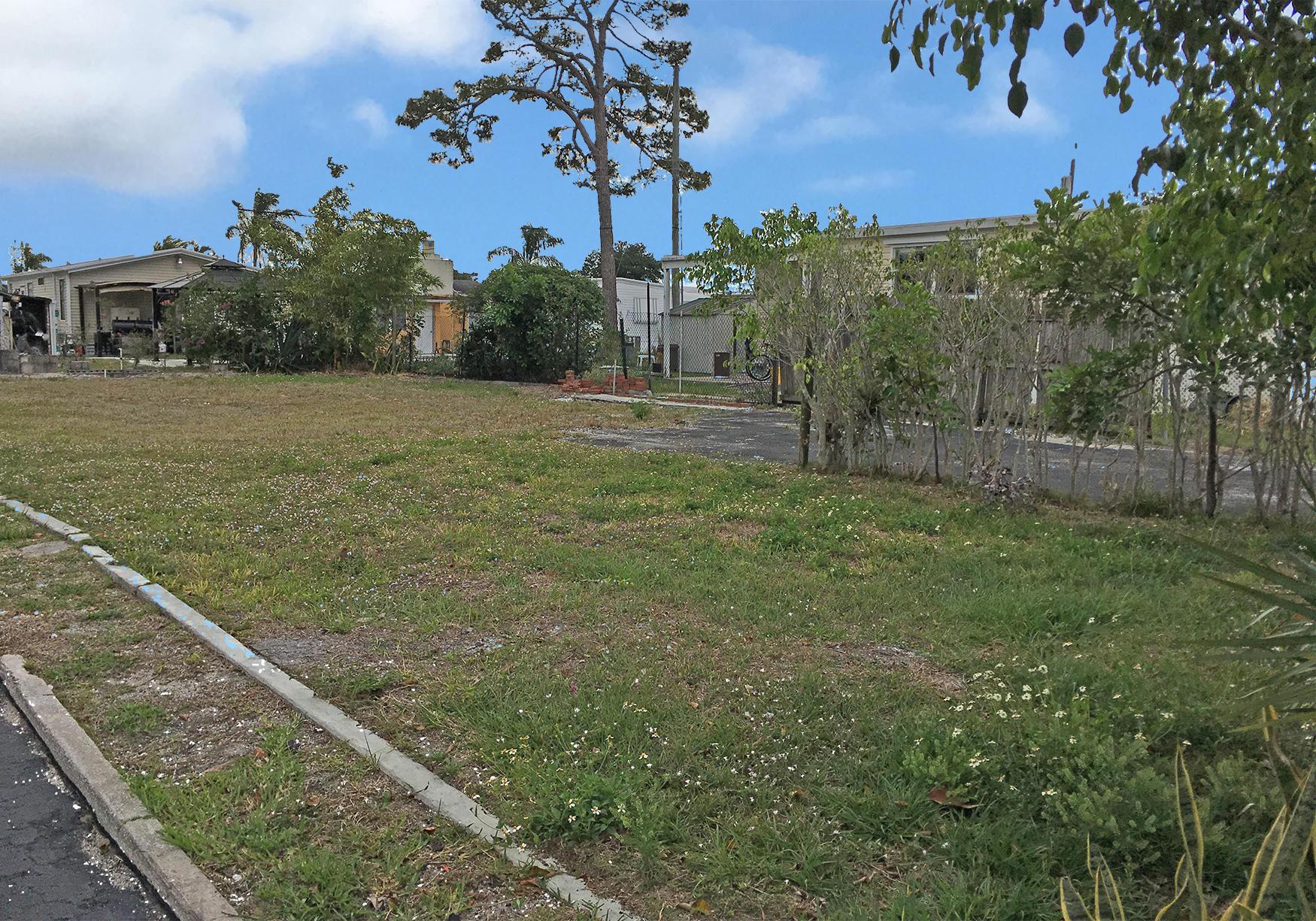Home for sale in PINE GROVE VILLAGE Boynton Beach Florida