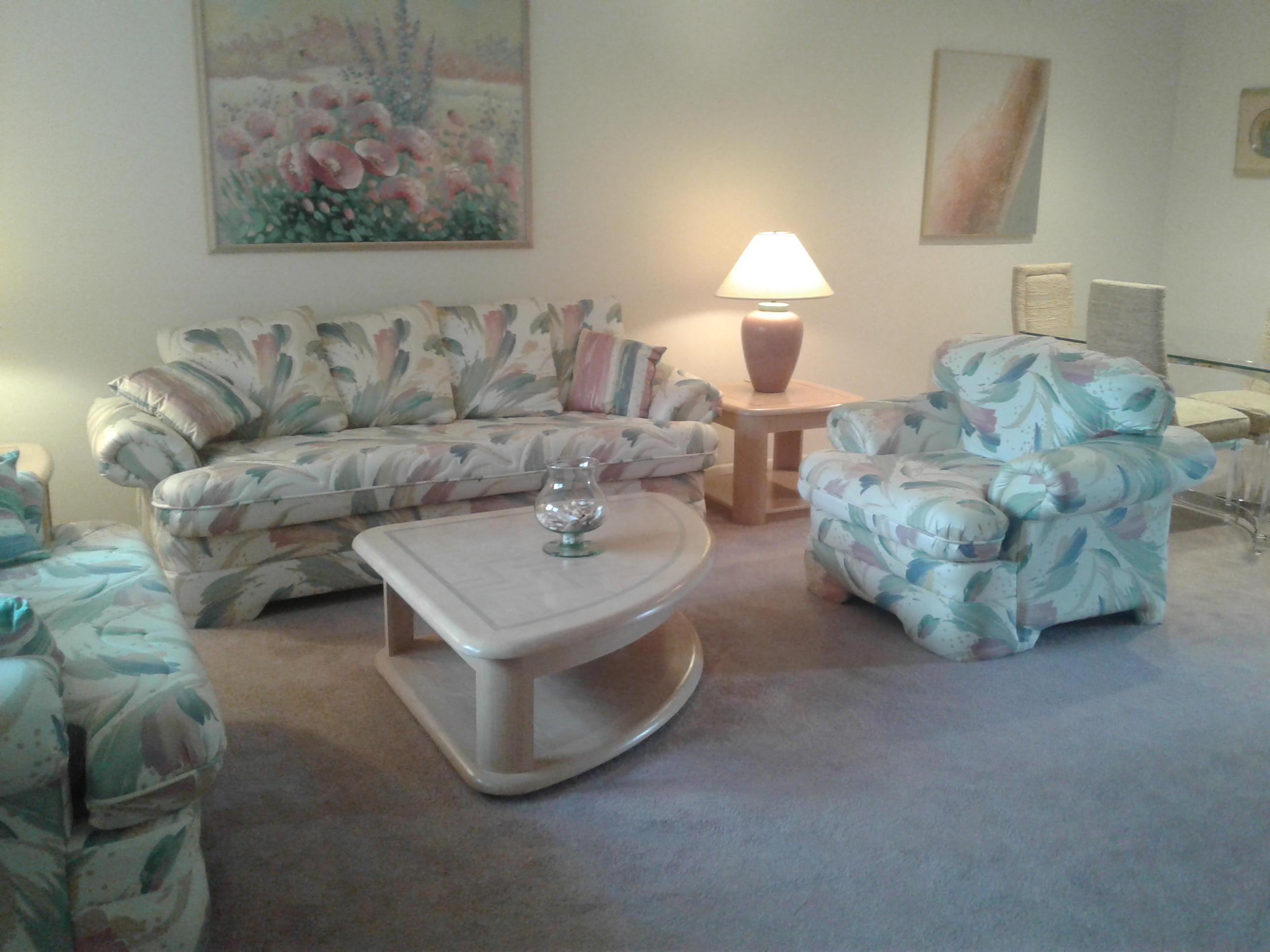 46 Candlenut Court Royal Palm Beach, FL 33411