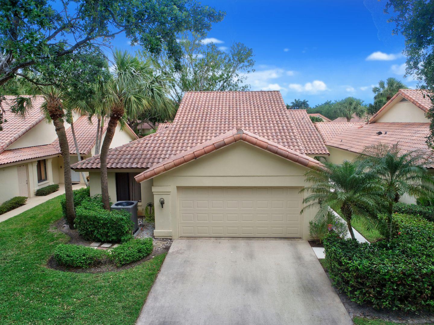 2970 Burgoyne Lane West Palm Beach, FL 33409