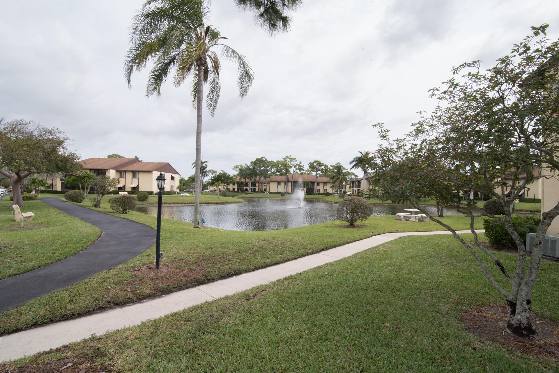 233 Pine Hov Circle D-1 Greenacres, FL 33463 photo 10