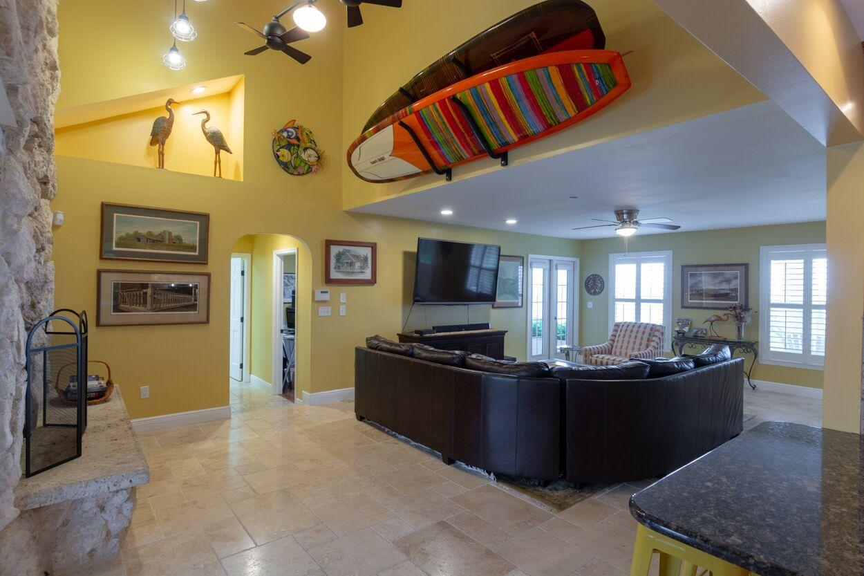 INDIAN RIVER DRIVE REALTY