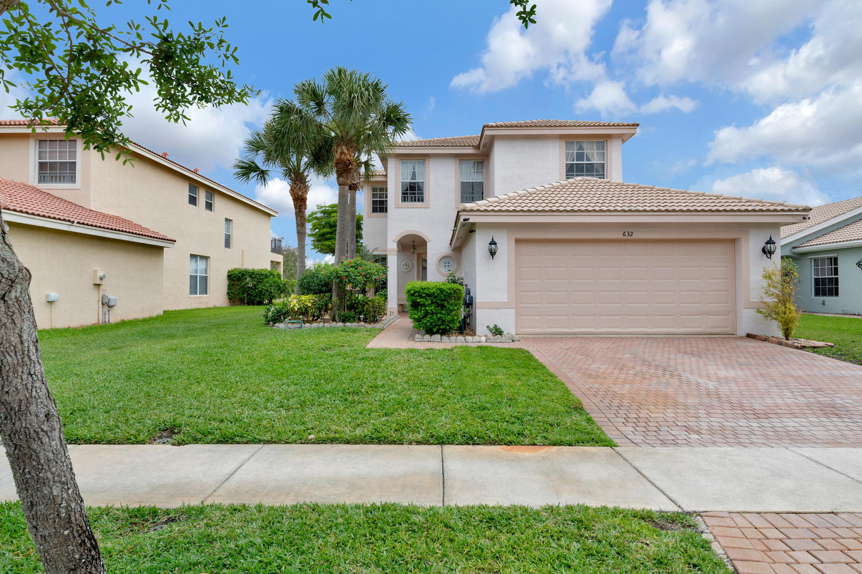 632 Garden Cress Trail Royal Palm Beach, FL 33411