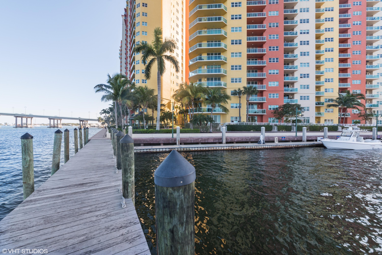 2640 Lake Shore Drive 214, Riviera Beach, Florida 33404, 2 Bedrooms Bedrooms, ,2 BathroomsBathrooms,A,Condominium,Lake Shore,RX-10518929
