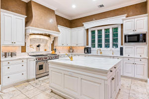 251  Jungle Road , Palm Beach FL 33480 is listed for sale as MLS Listing RX-10519931 photo #11