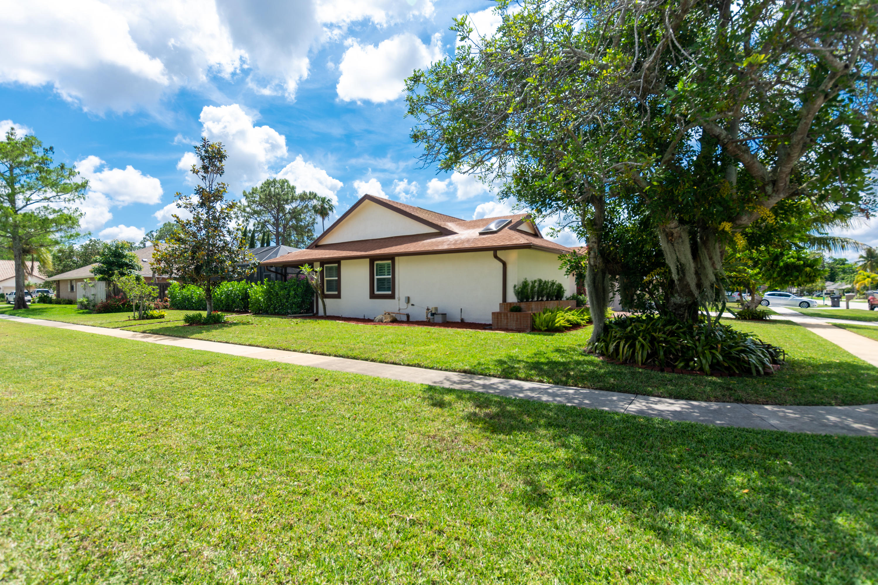 13764 Barberry Drive Wellington, FL 33414 small photo 24