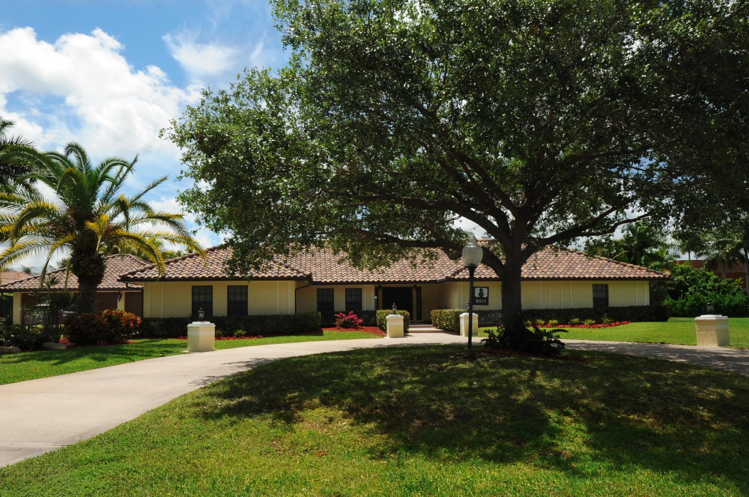 8511 Wendy Lane West Palm Beach, FL 33411