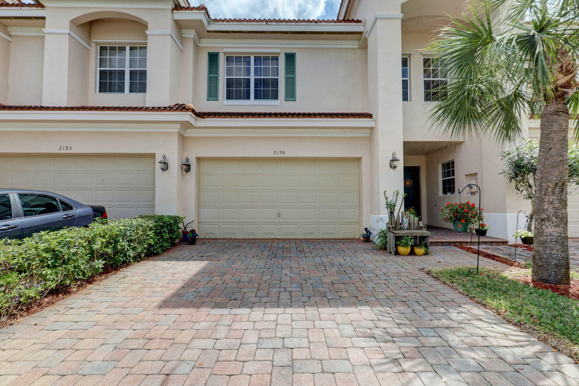 2190 SW Cape Cod Drive, Port Saint Lucie, Florida