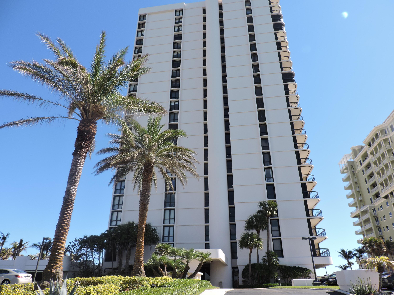 5380 Ocean Drive 2e, Singer Island, Florida 33404, 2 Bedrooms Bedrooms, ,2 BathroomsBathrooms,F,Condominium,Ocean,RX-10520508