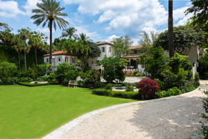 125  Via Del Lago  , Palm Beach FL 33480 is listed for sale as MLS Listing RX-10520573 photo #4
