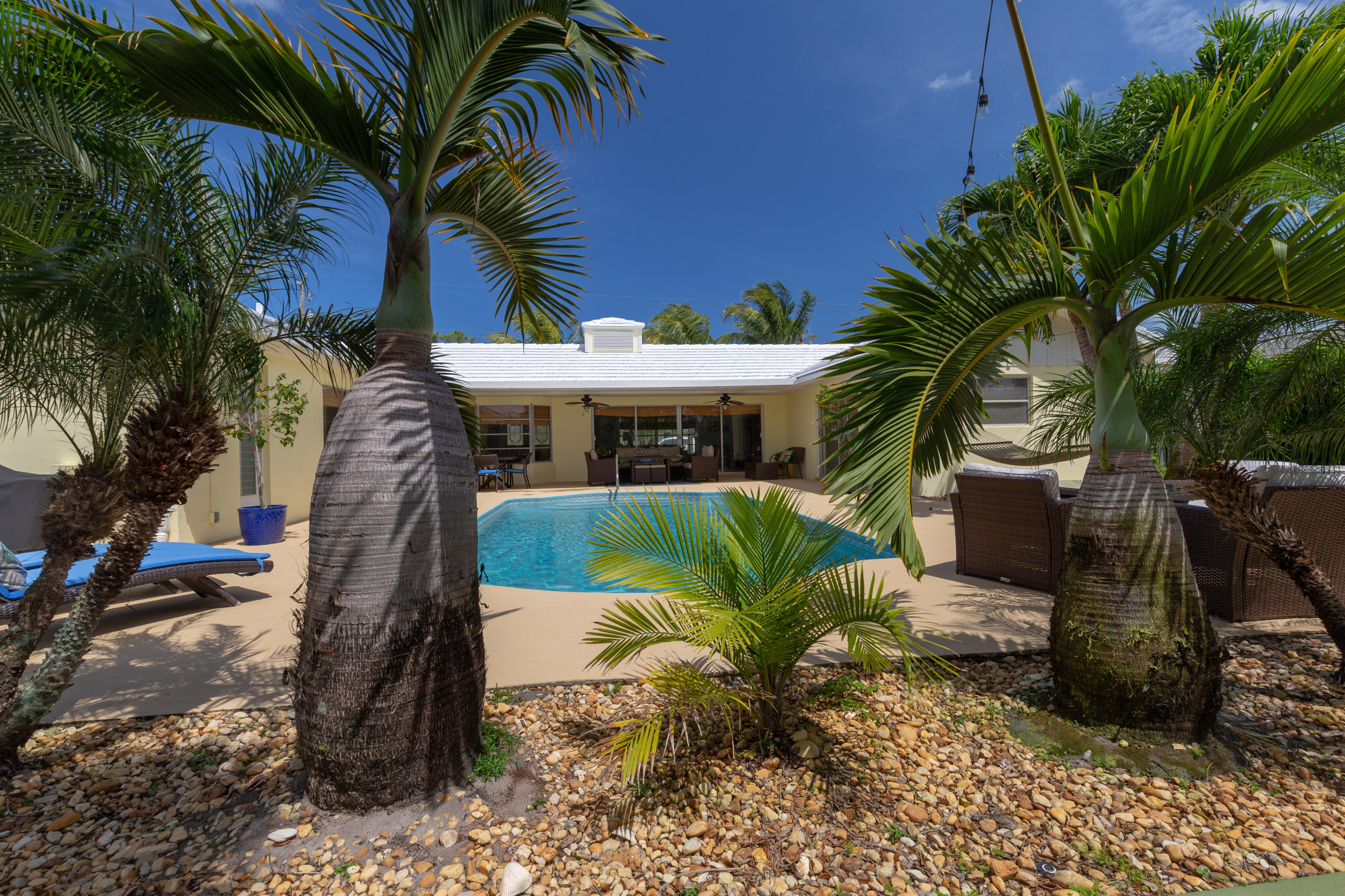 TEQUESTA COUNTRY CLUB PROPERTY