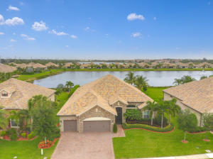 4404  Siena Circle  For Sale 10521293, FL