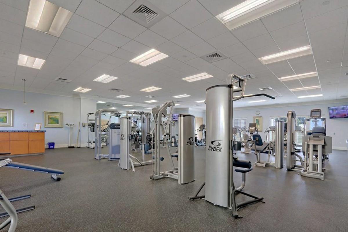 2640 Lake Shore Drive 611, Riviera Beach, Florida 33404, 3 Bedrooms Bedrooms, ,3 BathroomsBathrooms,A,Condominium,Lake Shore,RX-10520681