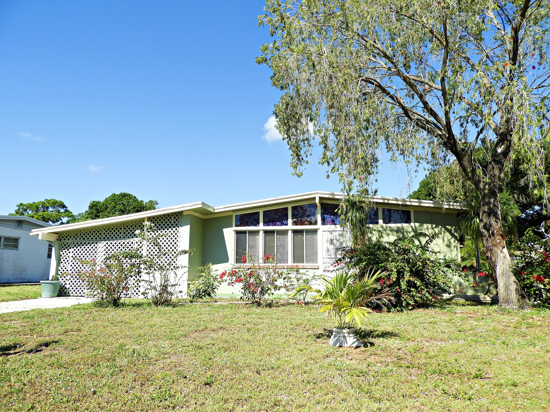 2709 Oleander Boulevard  Fort Pierce FL 34982