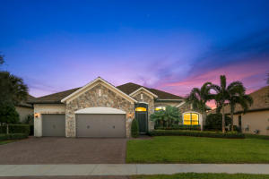 Property for sale at 4404 Siena Circle, Wellington,  Florida 33414
