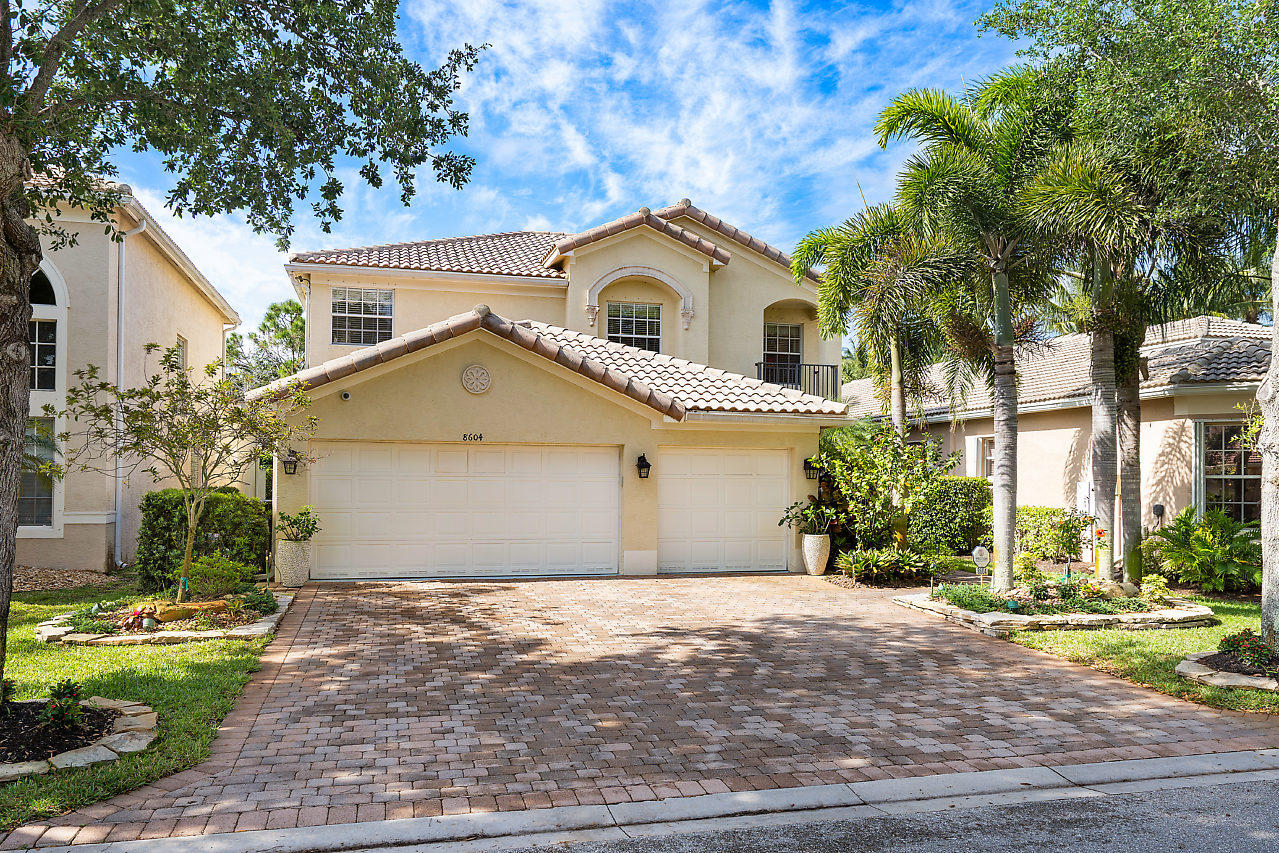 8604 Breezy Oak Way Boynton Beach, FL 33473