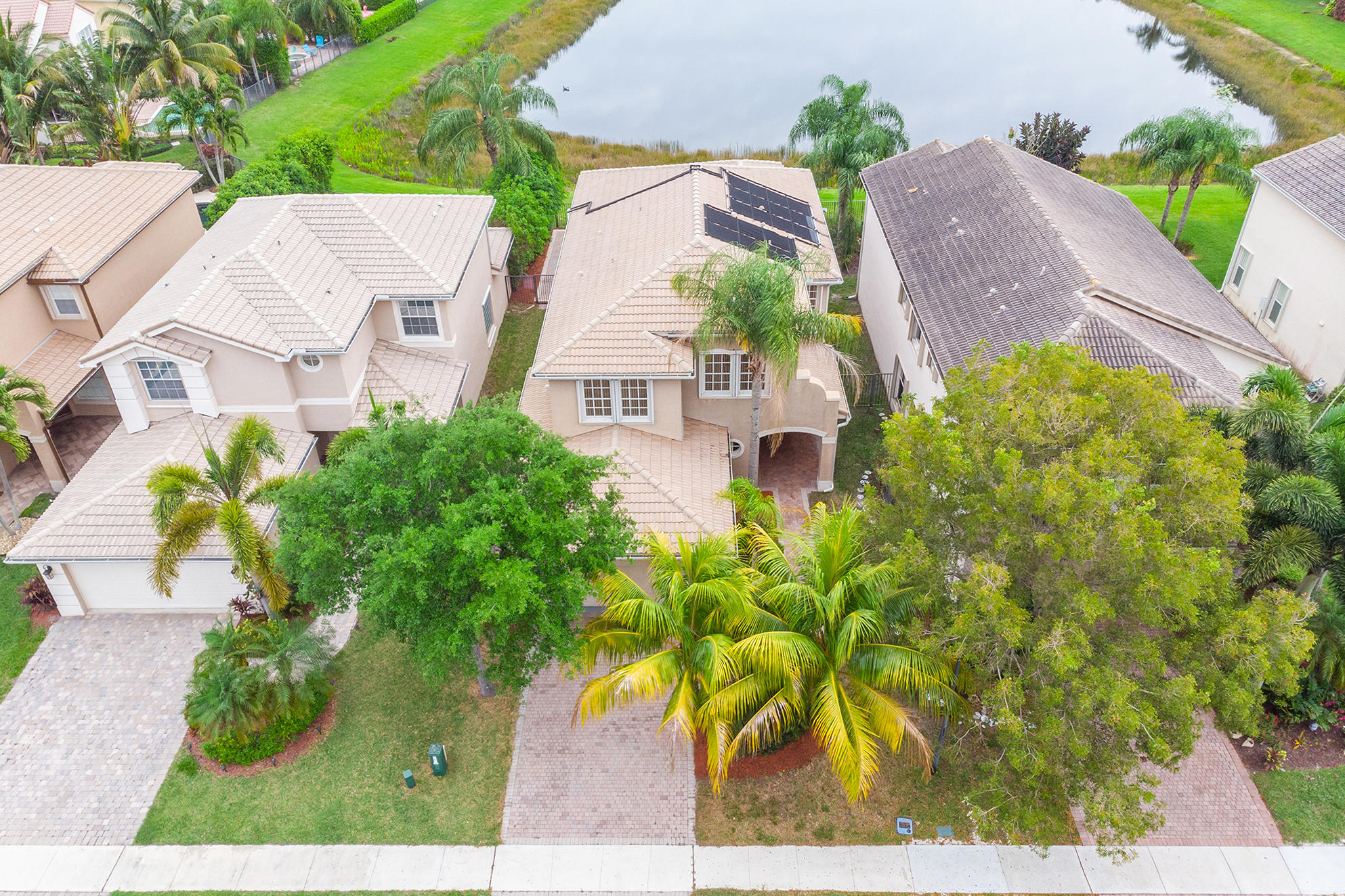 8932 Briarwood Meadow Lane Boynton Beach, FL 33473 small photo 4