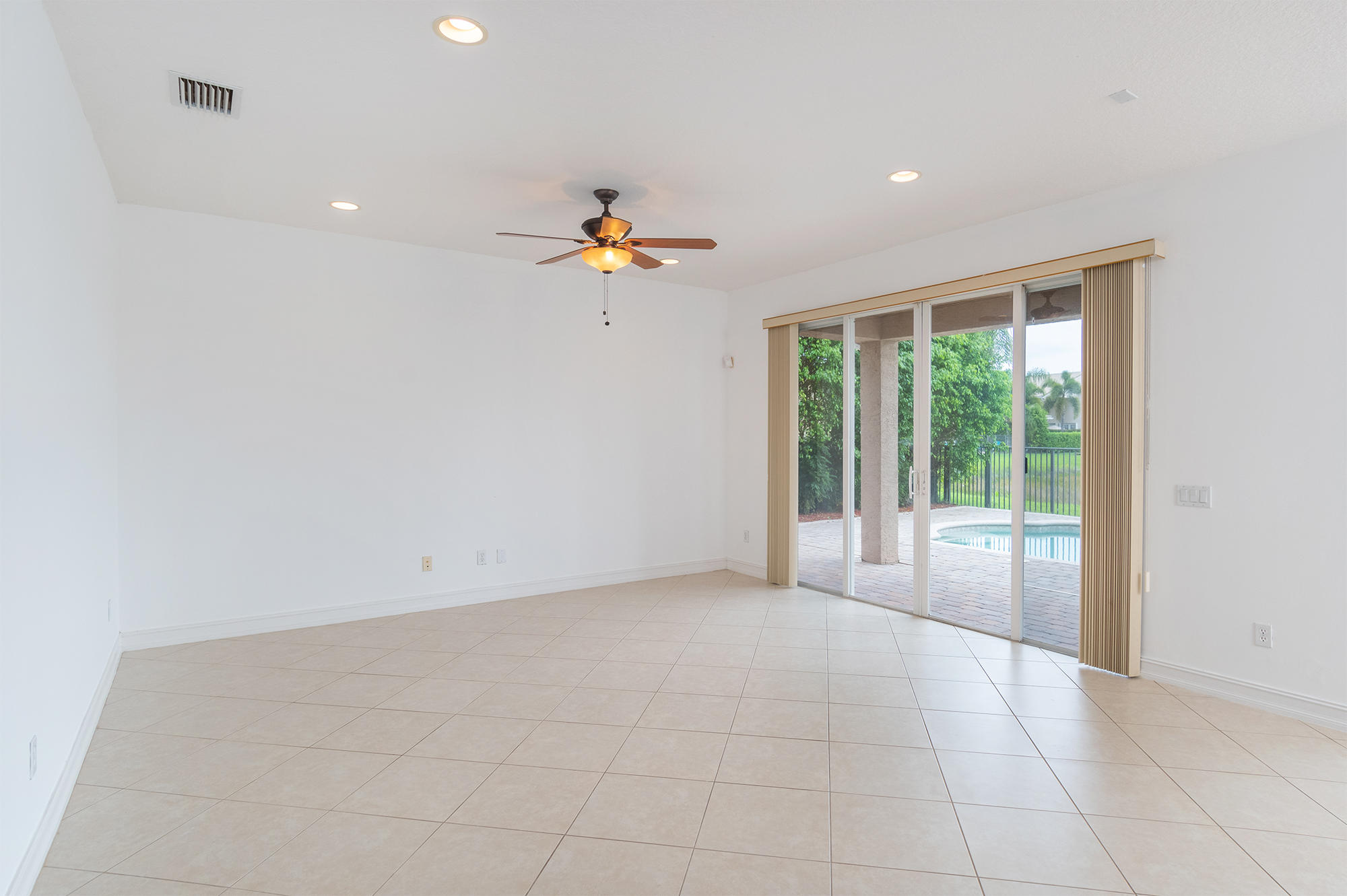 8932 Briarwood Meadow Lane Boynton Beach, FL 33473 small photo 10