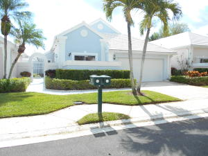 13 Elgin Lane , Palm Beach Gardens FL 33418 is listed for sale as MLS Listing RX-10521342 11 photos