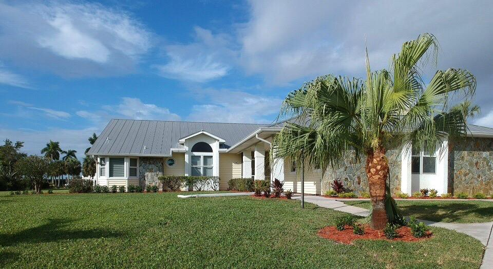 2558 NW Wide River Cove , Stuart FL 34994 is listed for sale as MLS Listing RX-10518174 34 photos