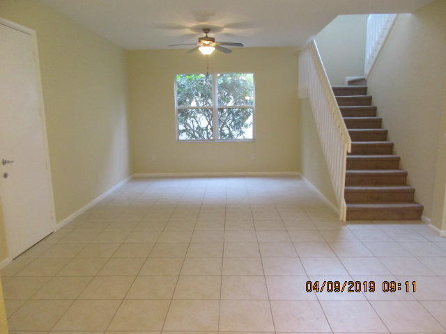 7581 Topiary Avenue Boynton Beach, FL 33437 photo 3