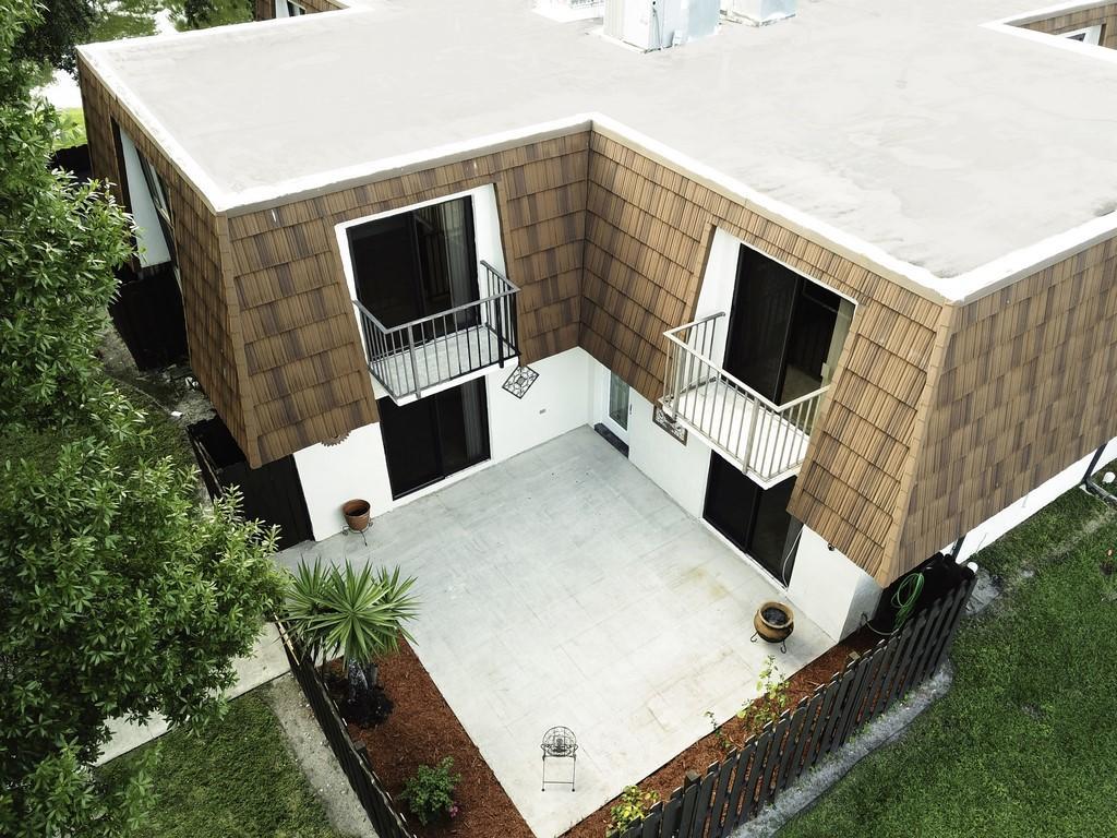 2201 White Pine Circle C Greenacres, FL 33415 photo 20