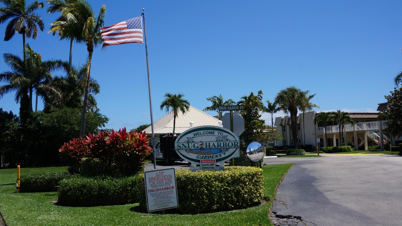 624 Snug Harbor Drive B4 Boynton Beach, FL 33435