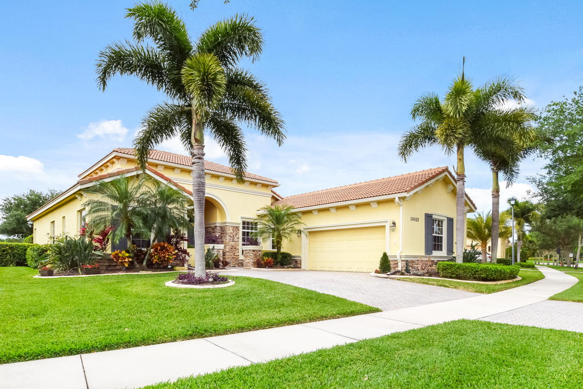 Home for sale in VERANO PUD NO 1 Saint Lucie West Florida