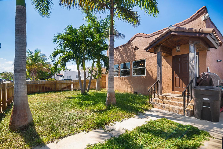 411 Barnett Street West Palm Beach, FL 33405
