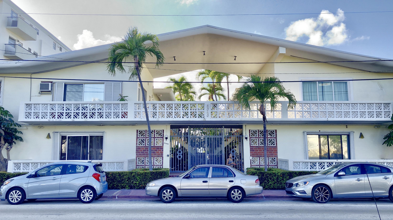 8040 Tatum Waterway Drive 12a Miami Beach, FL 33141 photo 4